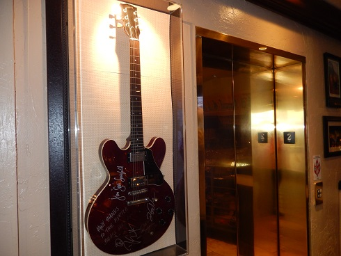 The elevator inside the entrance, just outside the Hard Rock Store, makes the Hard Rock Cafe handicap accessible.