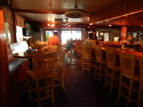 Lots of indoor seating, the indoor bar is very pleasant, the rustic floor is not level, step carefully.