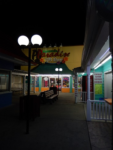 Myrtle Beach Boardwalk Paradise Gift Shop At Night